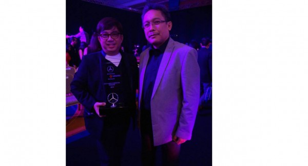 FILIPINO DESIGNER WINS MERCEDES BENZ FASHION AWARD